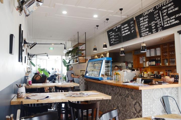 Black Frog Cafe,Kingsland